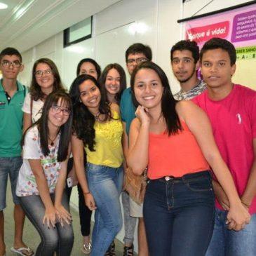 Alunos do Colégio Monteiro Lobato retornam ao Hemose e doam sangue