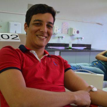 Campanha solidária estimula doação de sangue de jovens