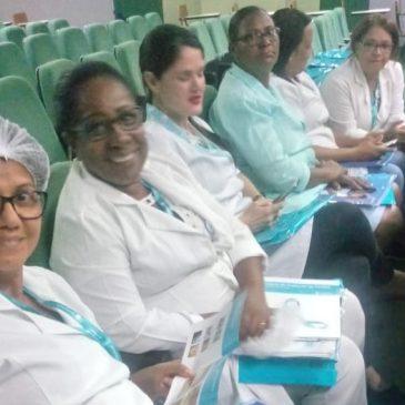 """Treinamento """"Triângulo de Avaliação em Feridas"""" é promovido para enfermeiros e estudantes no Huse"""